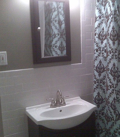 paint color for half bath with wainscotting