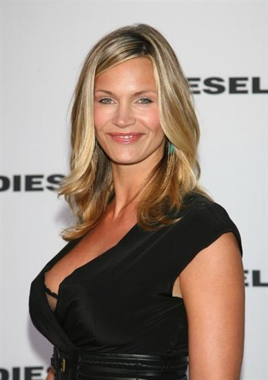 Cute quotes about life and love and happiness quotesgram - Natasha Henstridge Quotes Quotesgram