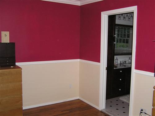 Grey and burgundy living room - Maroon color walls ...