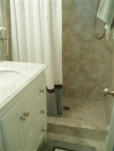 Please show me your small bathroom remodels for Show me pictures of remodeled bathrooms