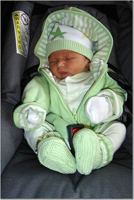36c0f362bff4 Going home outfit for baby (pic request)