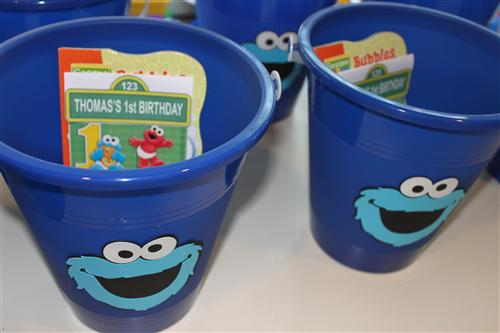 Ds S Cookie Monster Themed 1st Birthday Vendor Rave And Pic