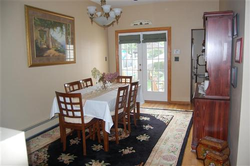 area rug under dining room table